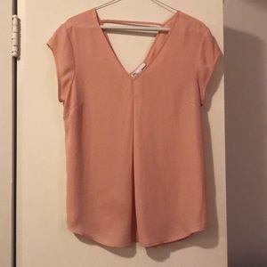 DR2 Short Sleeve Blouse. Small. Pink.